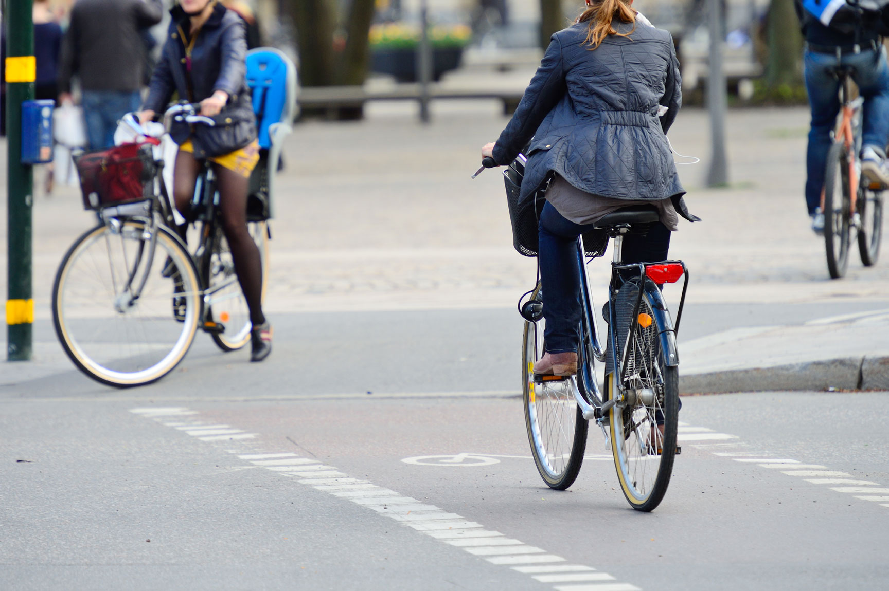 Active mobility and cycling